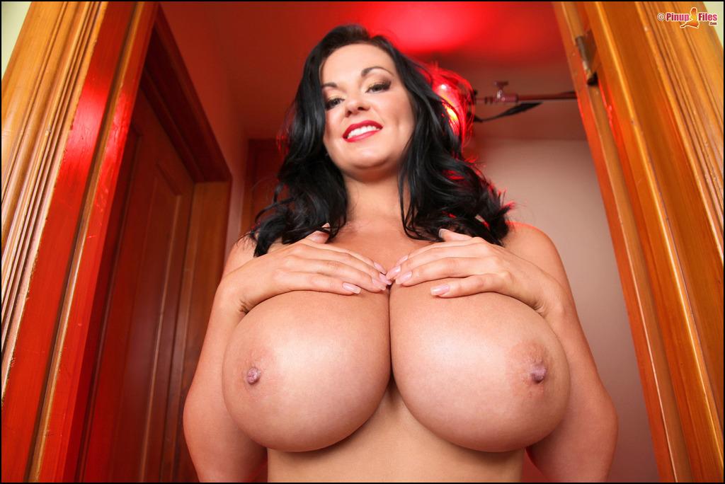 Бесплатное фото большая грудь